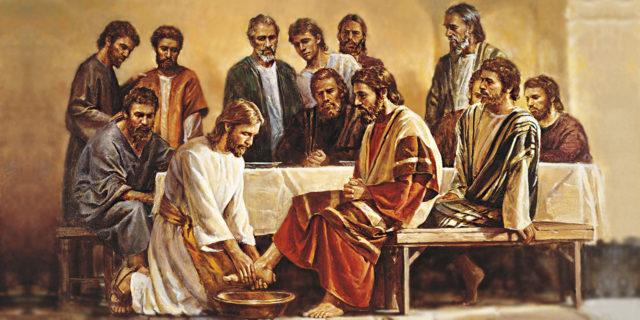 Иисус Христос умывает ноги своим ученикам тайной вечере евангелие новый завет библия 2